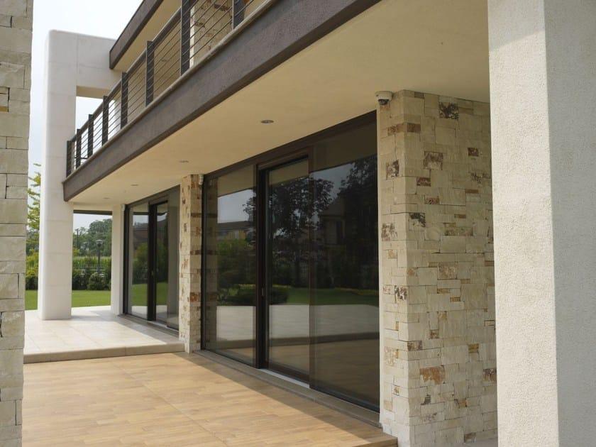 Porta finestra alzante scorrevole in legno e vetro con - Porta finestra scorrevole ...
