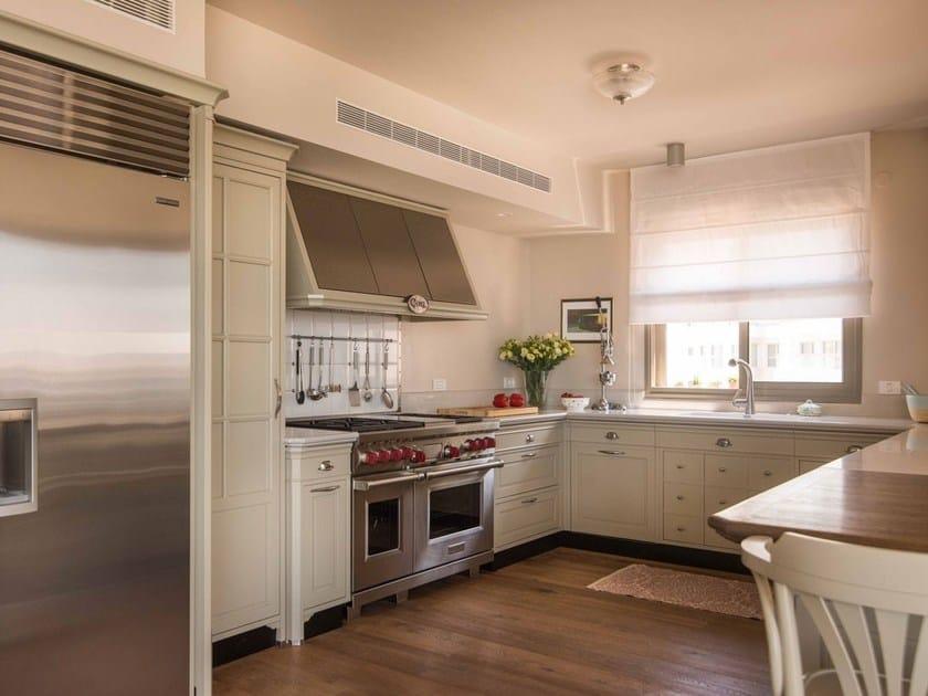 Cucina componibile laccata con penisola vered shani marchi cucine - Marche cucine economiche ...