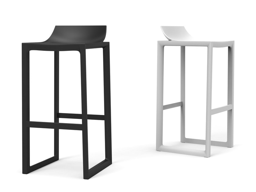 High polypropylene garden stool WALL STREET | Stool by VONDOM