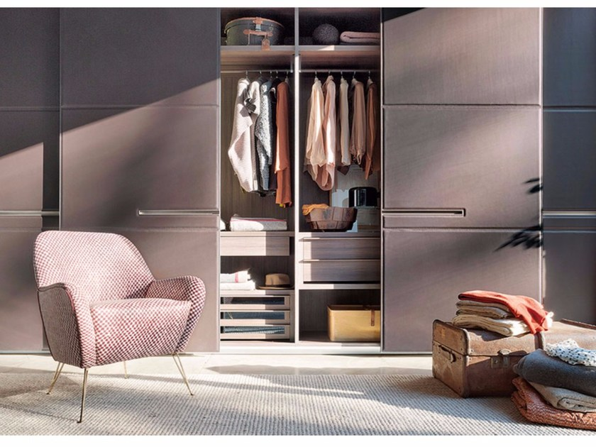 Wardrobe with sliding doors custom WARM | Wardrobe with sliding doors by Lema