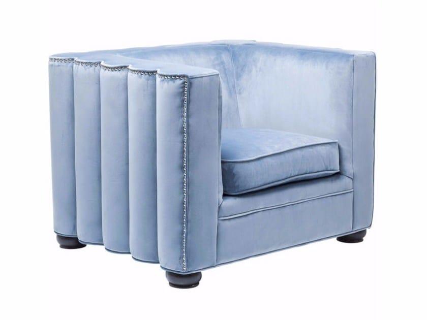 Velvet armchair with armrests WAVE - KARE-DESIGN