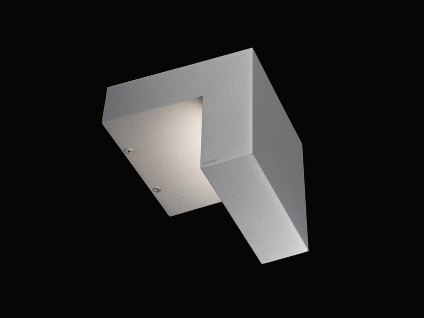 Applique a LED in alluminio pressofuso WHISKY SODA LED by Nimbus