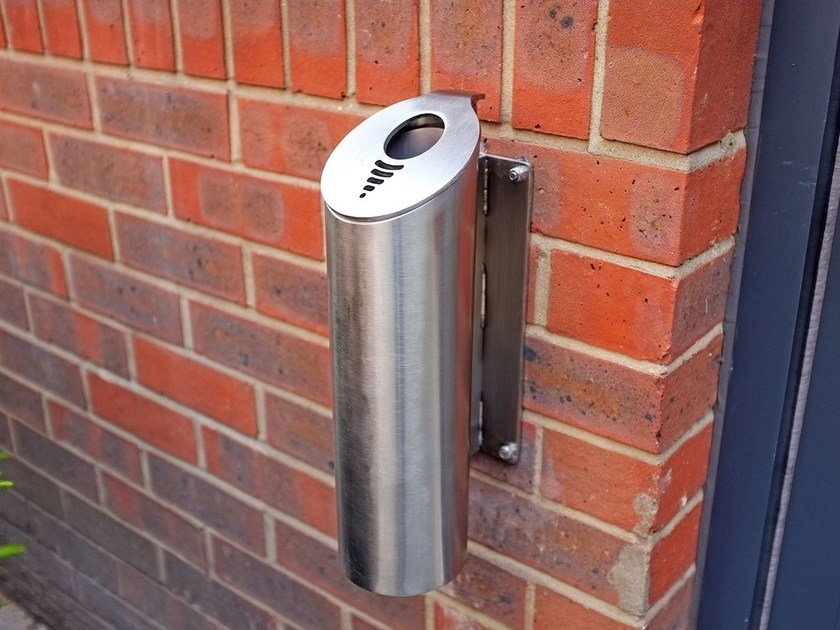 Wall-mounted stainless steel ashtray Wall-mounted ashtray - Factory Street Furniture