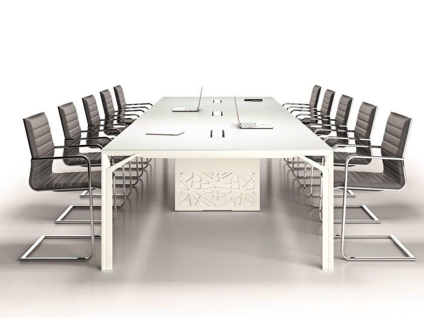 Modular meeting table X8 | Meeting table by Quadrifoglio