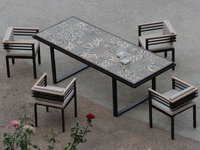 Rectangular garden table XENIA | Aluminium garden table - Efasma
