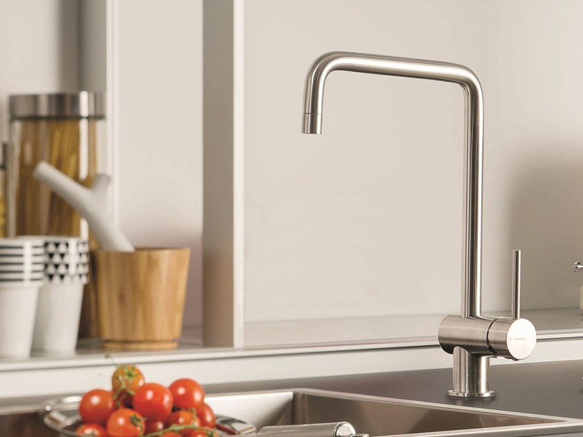 Countertop 1 hole kitchen mixer tap with swivel spout XT KITCHEN | Kitchen mixer tap by NEWFORM