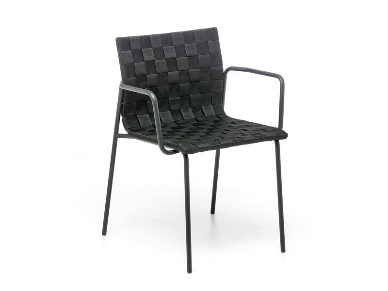 Stackable easy chair with armrests ZEBRA - arrmet