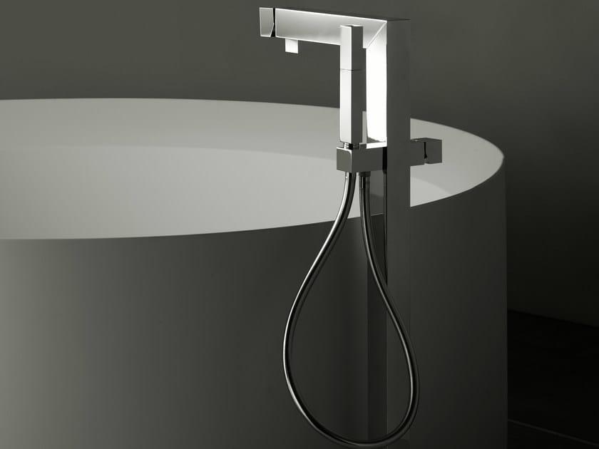 Floor standing bathtub tap ZEUS Q | Bathtub tap - Signorini Rubinetterie