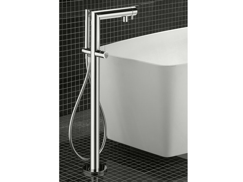 Floor standing bathtub tap ZEUS T | Bathtub tap - Signorini Rubinetterie