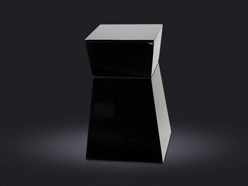 Resin bathroom stool ZIG ZAG | Bathroom stool - Vallvé Bathroom Boutique