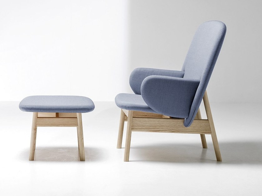 Upholstered armchair with armrests ALA | Armchair with armrests by La Cividina
