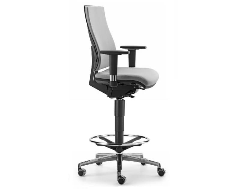 sedia ufficio operativa in tessuto a 5 razze con ruote per disegnatore ally 1733 talin. Black Bedroom Furniture Sets. Home Design Ideas