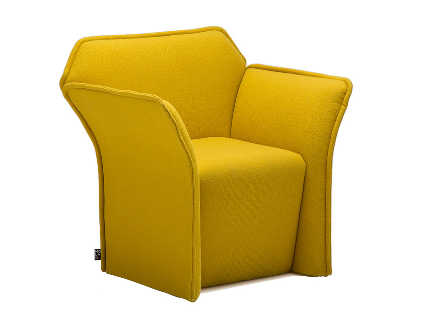Armchair with armrests PANOPLY | Armchair - Emmegi