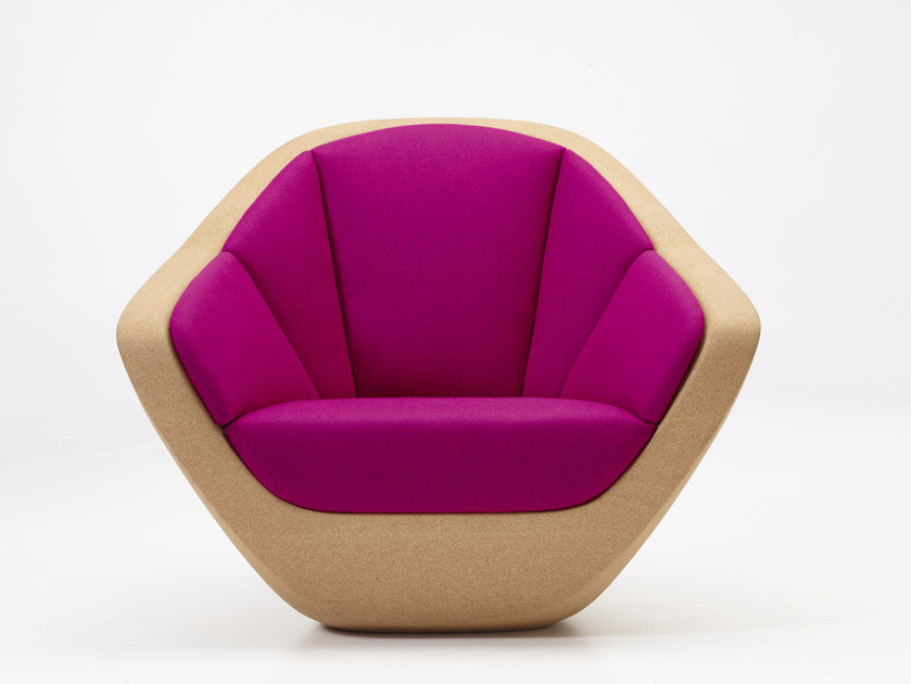 Cork armchair with armrests CORQUES | Armchair - PER/USE