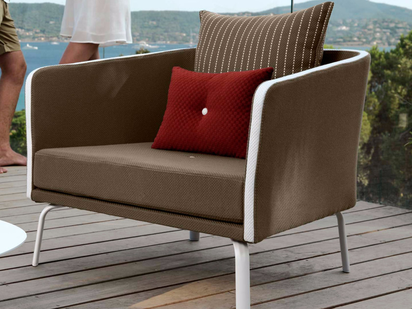 Fabric garden armchair with armrests MILO FABRIC | Armchair - Talenti