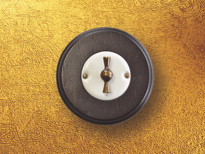 Electrical socket ARREDA ROUND - 4 by GI Gambarelli