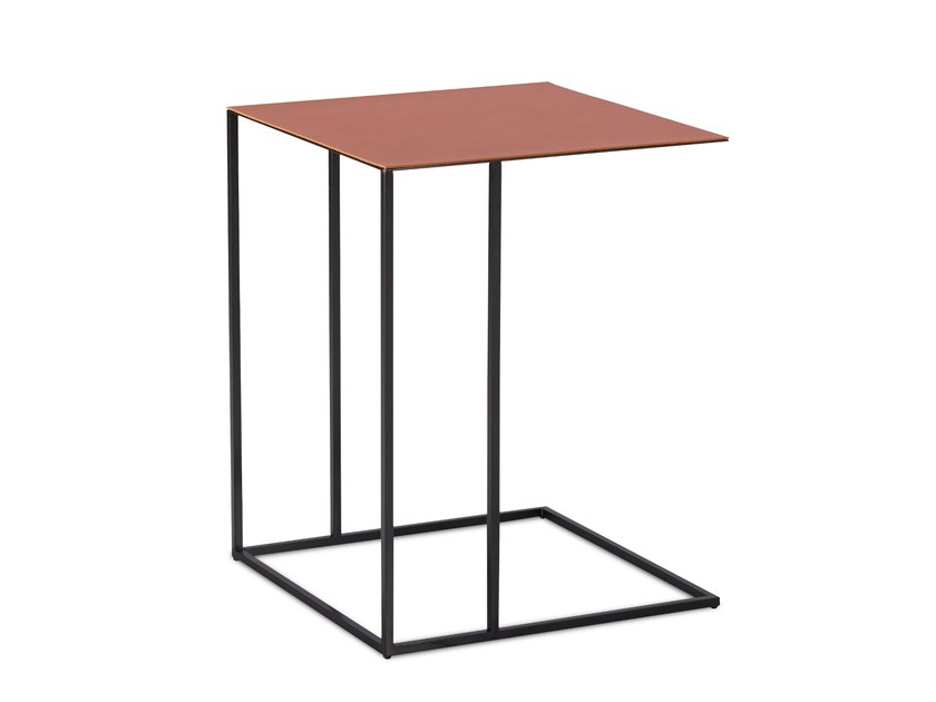 Square leather side table ASCOT JR-T938 | Square coffee table by JORI