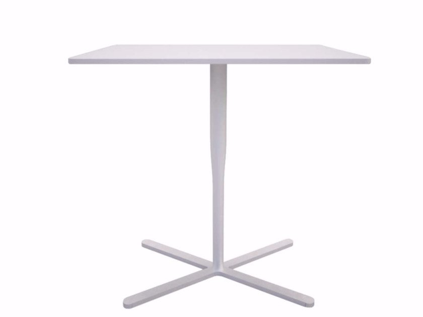 Rectangular table with 4-star base ATLAS TABLE - F - Alias