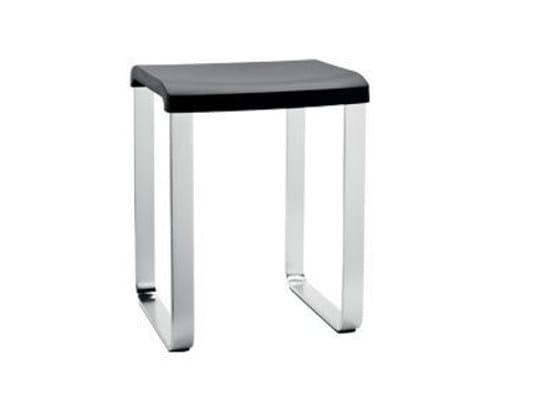 Polypropylene bathroom stool AV3750 | Bathroom stool by INDA®