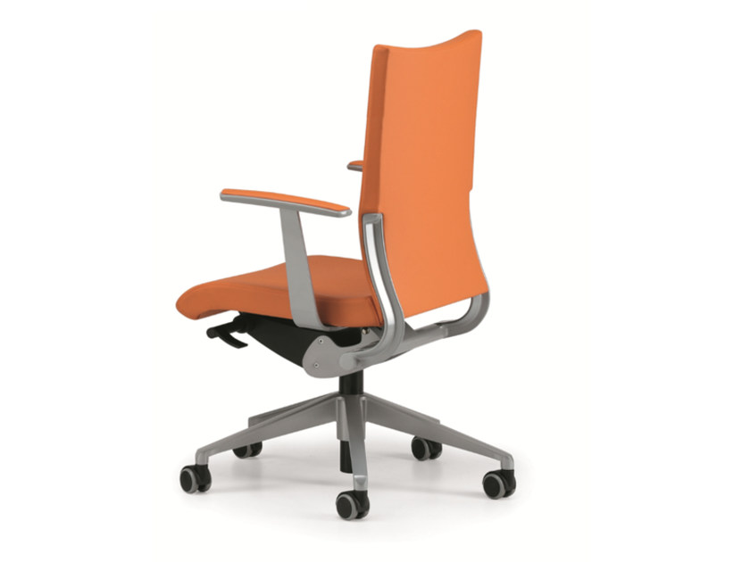 Leather task chair with 5-Spoke base with armrests with casters AVIA 4011 - TALIN
