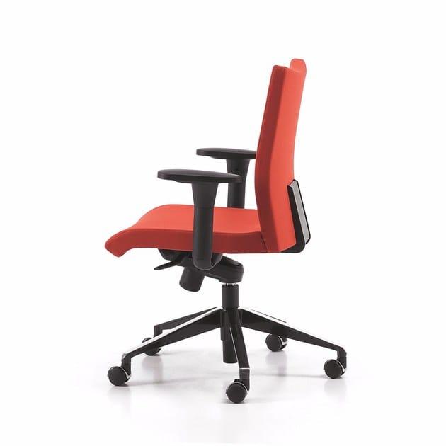 Sedia ufficio operativa in tessuto a 5 razze con braccioli con ruote AVIAMID 3596 - TALIN