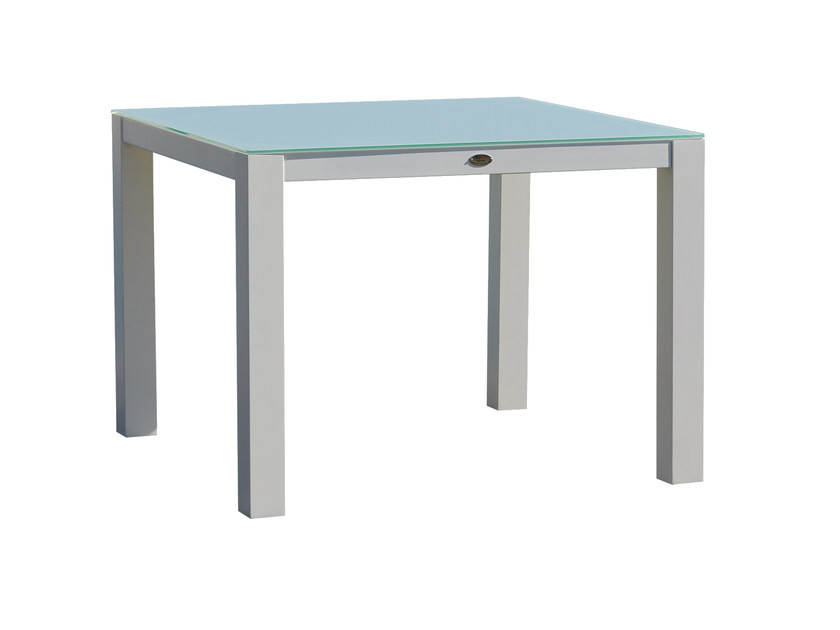 Square table AXIS 22987 - SKYLINE design