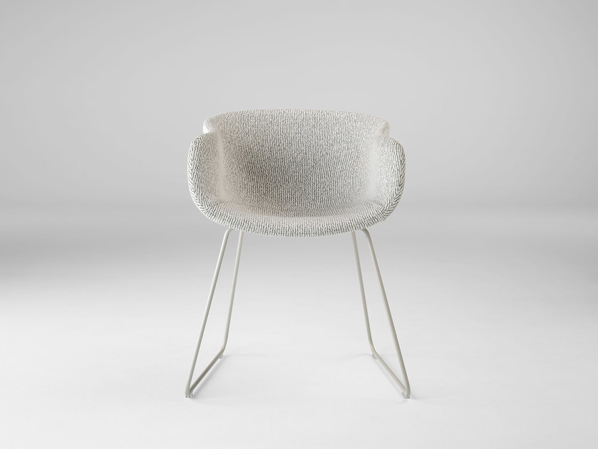 Sled base fabric chair with armrests BAI | Sled base chair by ONDARRETA