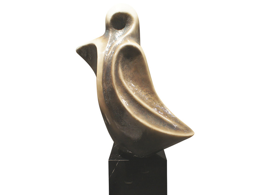 Fiberglass sculpture BAILADO K1462 - Karpa
