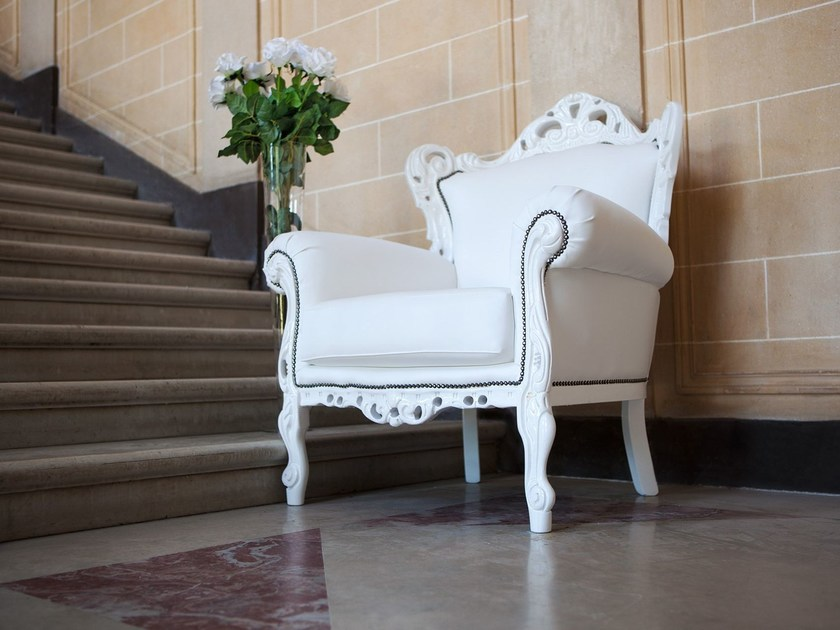 Upholstered armchair with armrests BAROKKO | Armchair - Domingo Salotti