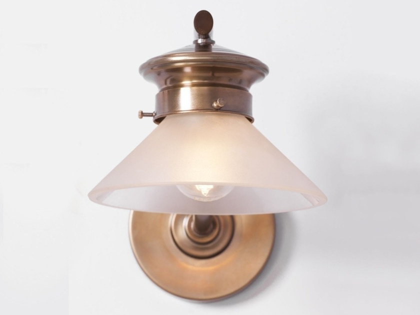Brass wall lamp BASEL I | Wall lamp - Patinas Lighting