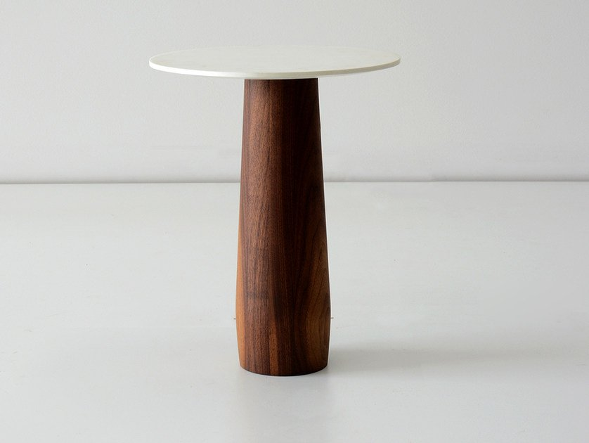 Round walnut coffee table for living room BEDFORD | Walnut coffee table - hollis+morris
