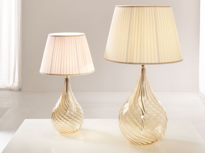 Lampada da comodino a luce diretta in vetro soffiato LACRIMA | Lampada da comodino - Cangini & Tucci
