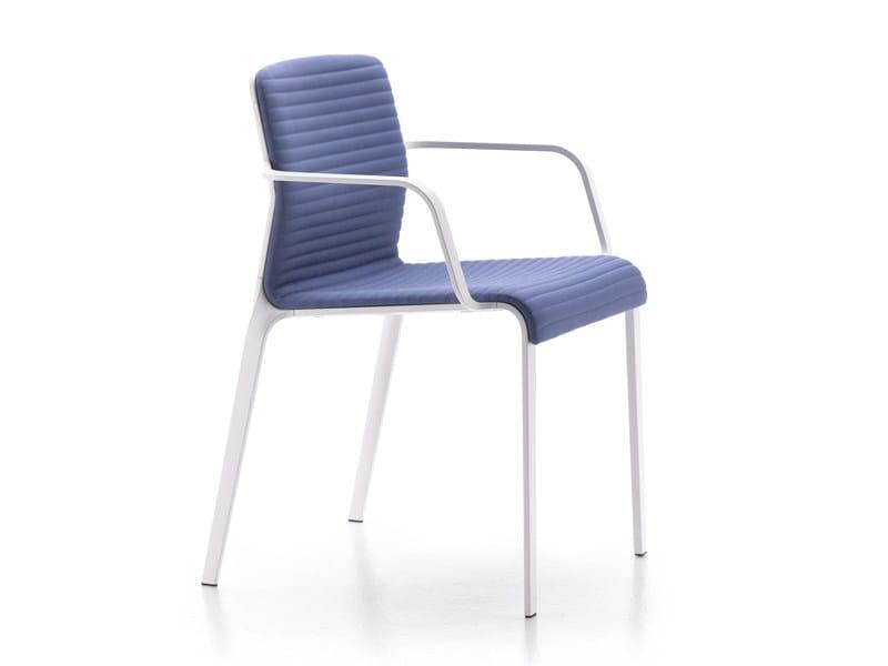 Sedia impilabile in tessuto con braccioli BEND by MDF Italia design Jehs+Laub