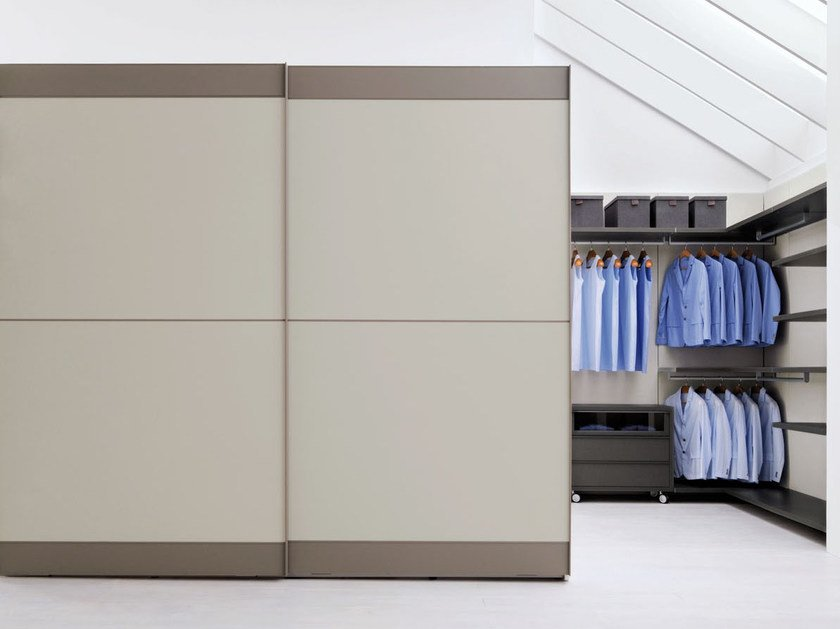 Lacquered wardrobe with sliding doors BEND - Silenia