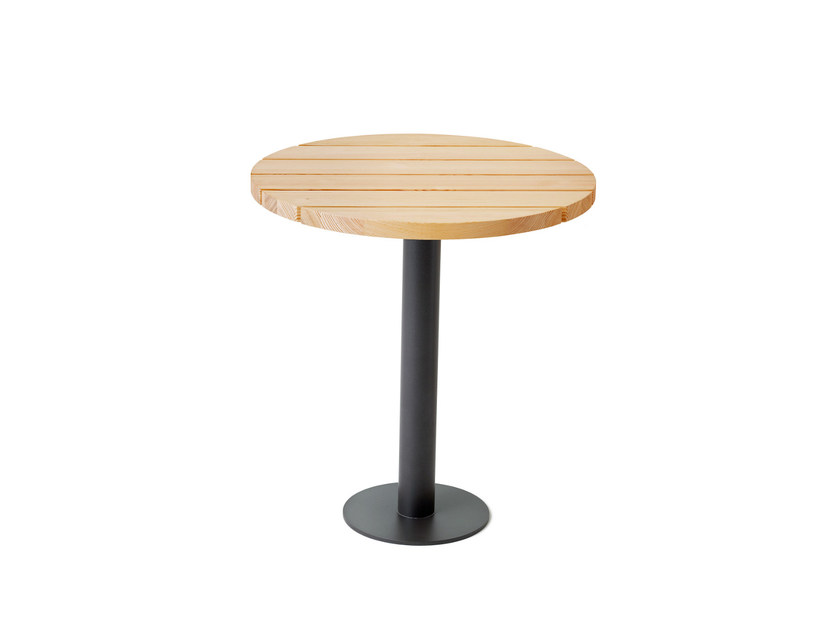 Round steel and wood garden table BOLLNÄS | Garden table - Nola Industrier