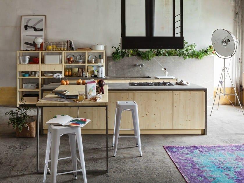 Cucina in legno bologna by callesella arredamenti for Arredamenti a bologna