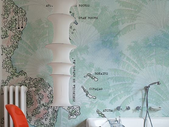 Motif bathroom wallpaper BONAIRE by Wall&decò