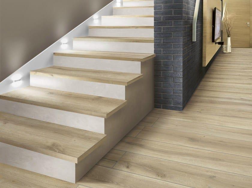 Pavimento rivestimento in gres porcellanato effetto legno for Escaleras baldosas ceramica