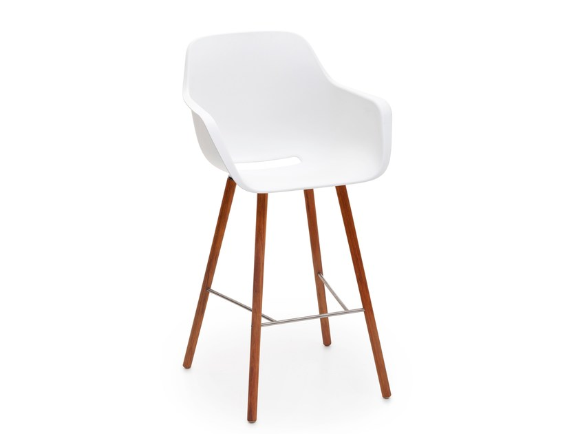 Polypropylene counter stool with footrest CAPTAIN WOODY'S CHAIR | Counter stool - Extremis