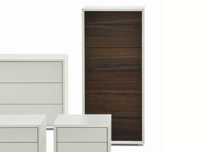 Free standing lacquered chest of drawers CAST | Chest of drawers - Silenia