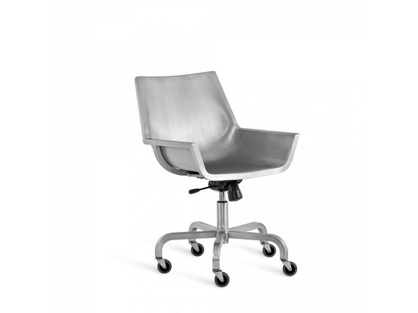 Sedia in alluminio a 5 razze con ruote SEZZ | Sedia con ruote - Emeco