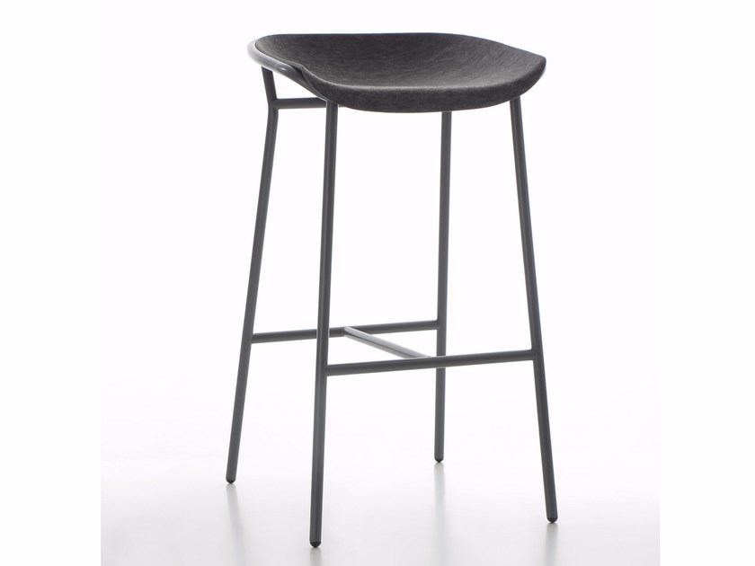 High fabric stool with footrest CHAIRMAN METAL | Stool - conmoto by Lions at Work
