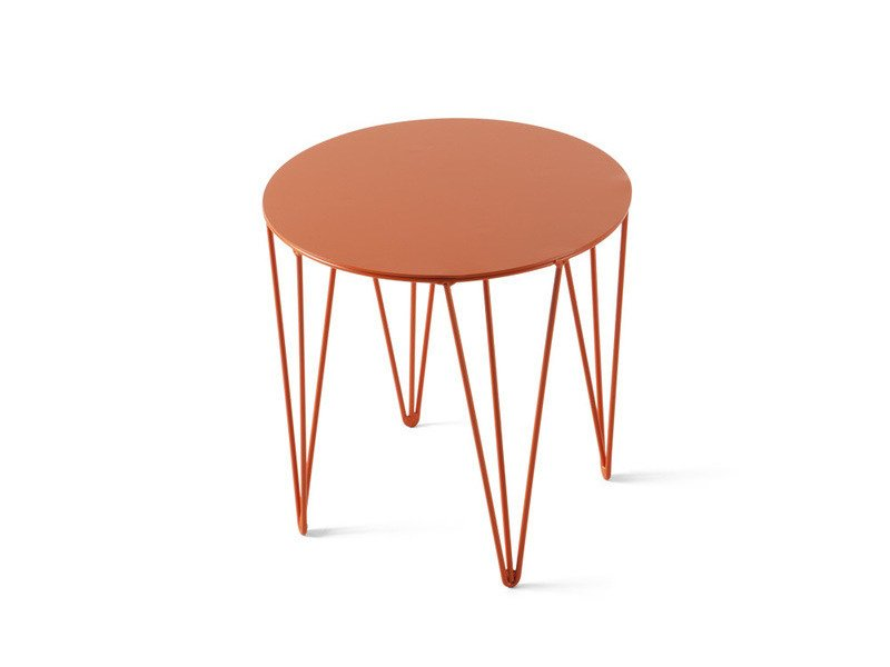 Low lacquered round coffee table CHELE ROUNDED | Coffee table by Atipico