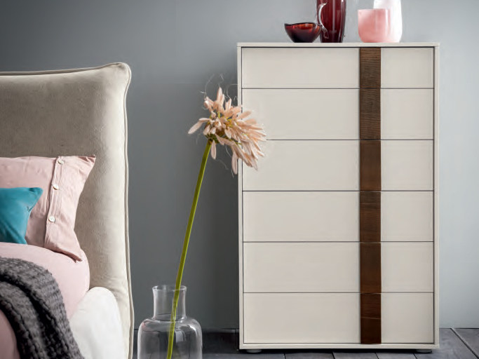 Free standing lacquered wooden chest of drawers FLIPPER | Chest of drawers by Dall'Agnese