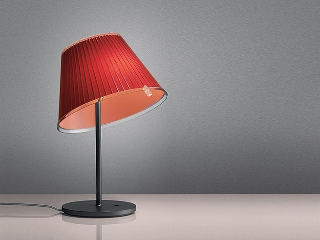 Direct light polypropylene desk lamp CHOOSE | Polypropylene desk lamp - Artemide Italia