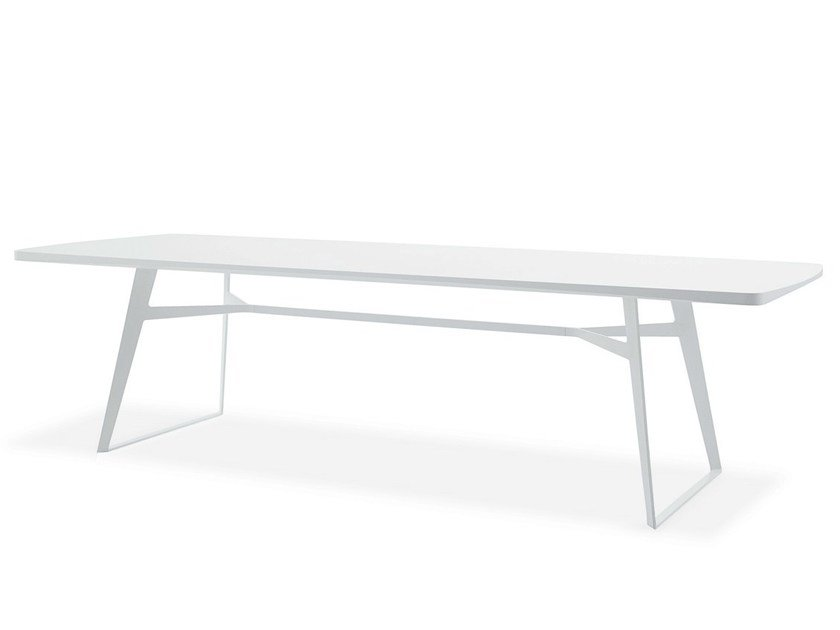 Lacquered rectangular wood veneer table CLIPPER | Lacquered table - Poliform