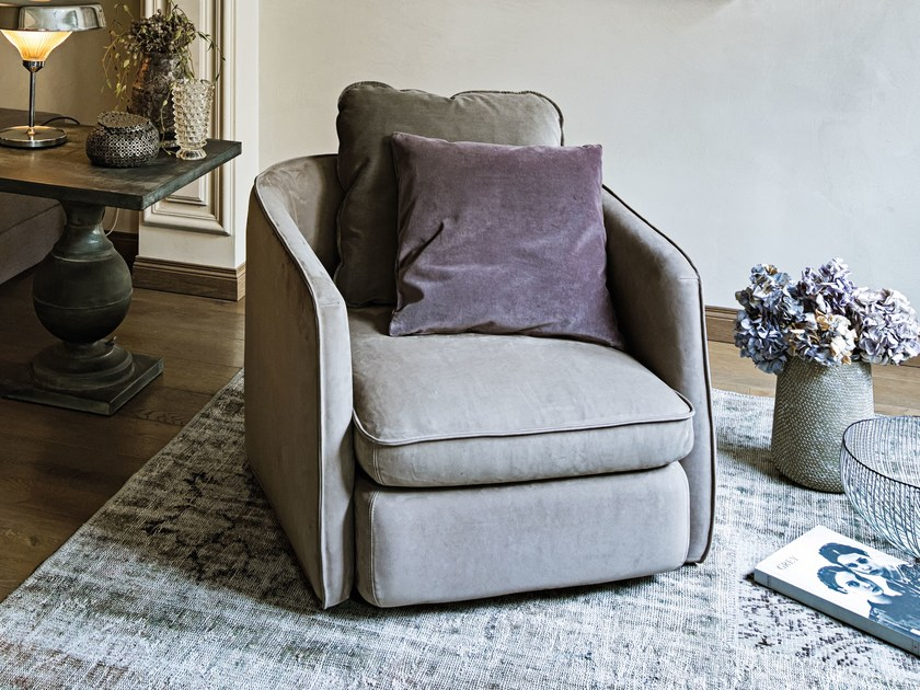 Leather armchair with armrests COAST | Leather armchair - Arketipo