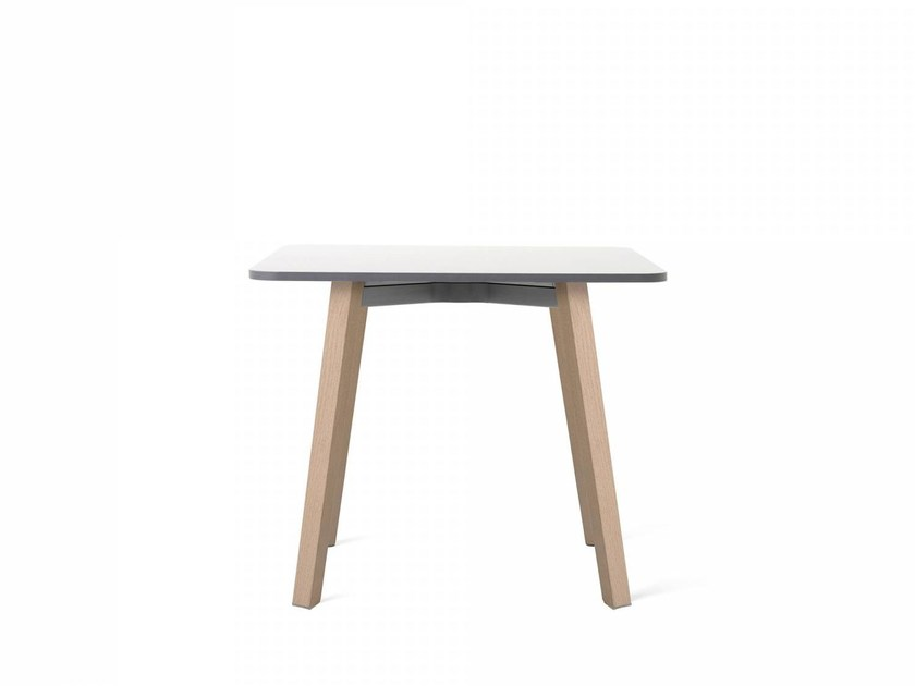 Square HPL coffee table SU | Coffee table - Emeco