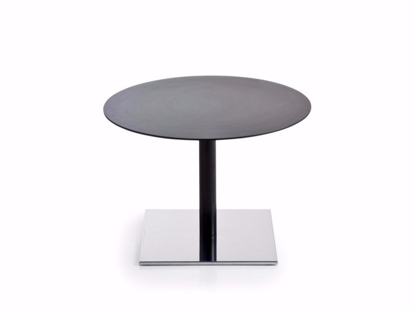 Low round HPL coffee table INQUADRO | Round coffee table - Luxy