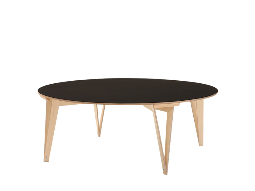 Round plywood coffee table SPARONDO   Coffee table by Nils Holger Moormann